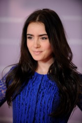 Лили Коллинз, фото 576. Lily Collins THR's 'Women in Entertainment' breakfast held at Beverly Hills Hotel on December 7, 2011 in Beverly Hills, California, foto 576
