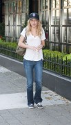 Бритт Робертсон, фото 109. Britt Robertson Out for icecream in Vancouver , July 17 2011, foto 109