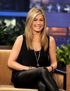 Дженнифер Анистон, фото 8671. Jennifer Aniston On the Tonight Show With Jay Leno in Burbank - February 24, 2012, foto 8671