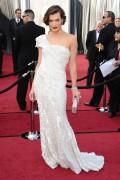 Милла Йовович, фото 2015. Milla Jovovich 84th Annual Academy Awards - February 26, 2012, foto 2015