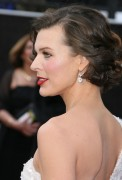 Милла Йовович, фото 1989. Milla Jovovich 84th Annual Academy Awards - February 26, 2012, foto 1989