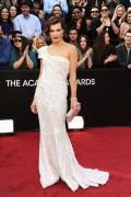 Милла Йовович, фото 2010. Milla Jovovich 84th Annual Academy Awards - February 26, 2012, foto 2010