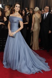 Penelope Cruz @ 84th Annual Academy awards, 26.02.12 - 15 HQ