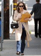 Natalie Portman Leaving Lunch In LA February 29, 2012 HQ x 15
