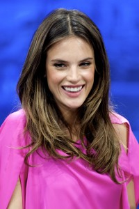 Алессандра Амброзио, фото 8193. Alessandra Ambrosio On 'El Hormiguero' TV Show in Madrid, 05.03.2012, foto 8193
