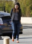 Рейчел Билсон, фото 8398. Rachel Bilson - drops by a liquor store in Los Feliz, March 7, foto 8398
