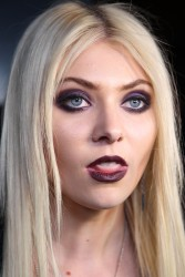 919a6b179709928 Taylor Momsen   Launch Party for Abbey Dawn By Avril Lavigne (March 13) x39